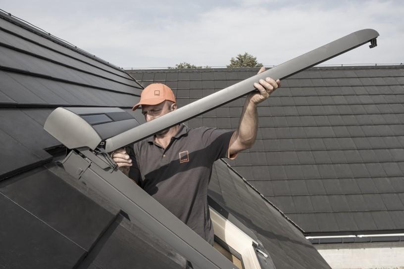 installing roof window flashing
